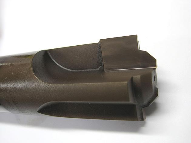 鋼の切削加工で寿命が3倍